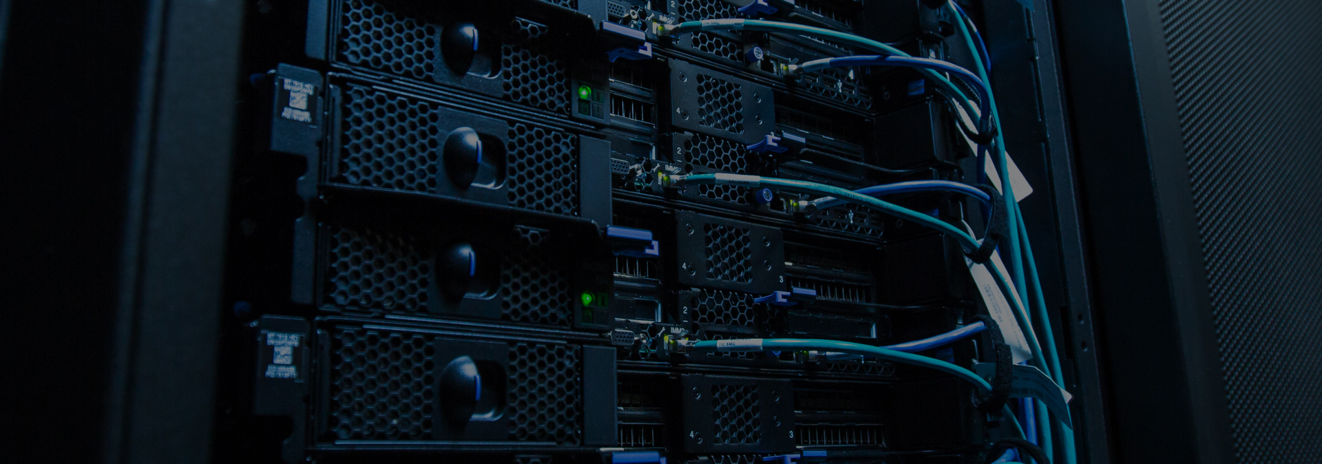 Racks and cabling in a data centre